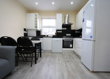 Thumbnail 3 bed flat to rent in Boscombe Road, Wimbledon