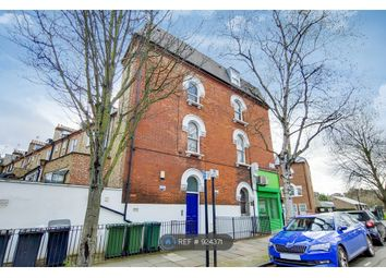 Room to rent in Campdale Road, London N7
