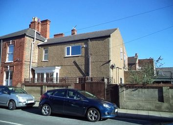 Thumbnail 1 bed flat to rent in Mill Road, Cleethorpes