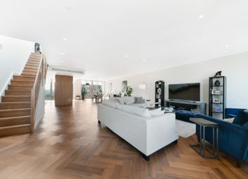 3 bed flat for sale in Capital Building, Embassy Gardens, Nine Elms, London SW11