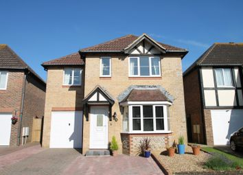 Thumbnail 4 bed property to rent in Barwick Close, Rustington