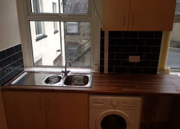 Thumbnail Studio to rent in Flat 1, 14 Russell Street, Keighley