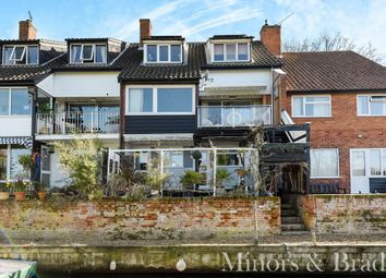 Thumbnail 4 bedroom town house for sale in Anchor Street, Coltishall, Norwich