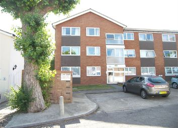 Thumbnail 2 bed flat to rent in Frampton Road, Potters Bar