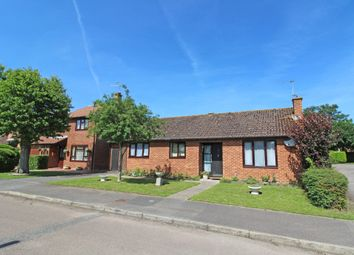 Thumbnail 3 bed detached bungalow for sale in Wheatfields, Didcot