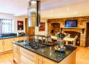 High Street, Lavendon, Olney MK46. 7 bed detached house for sale