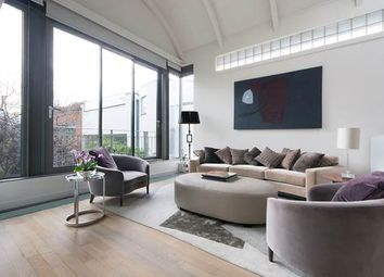 4 bed property for sale in Hayden's Place, London W11