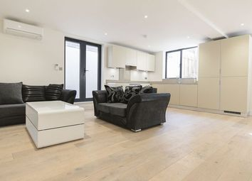 2 bed maisonette to rent in Clifton Terrace, London N4