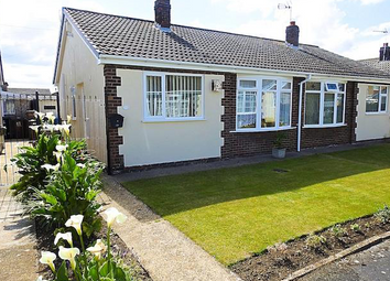2 bed bungalow to rent in Clarondale, Sutton Park HU7