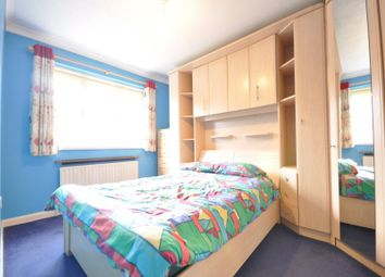 Thumbnail Room to rent in Windmill Court, Crawley