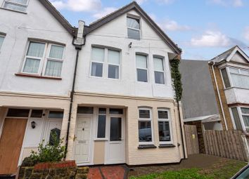 Thumbnail 2 bed flat for sale in Tintern Avenue, Westcliff-On-Sea