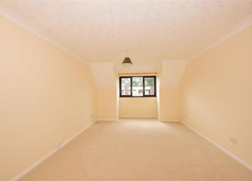 Thumbnail 1 bedroom flat for sale in Grange Road, Gravesend, Kent