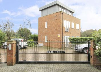 2 bed flat for sale in Ryefield Crescent, Northwood HA6