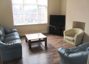 2 bed flat to rent in Mauldeth Road, Fallowfield, Manchester M14