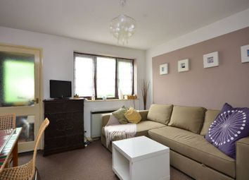 1 bed property to rent in Rotherwood Close, Wimbledon SW20