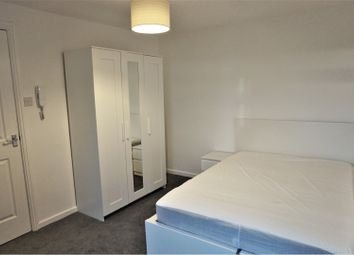 Thumbnail 1 bed flat to rent in Holmsley Walk, Leeds