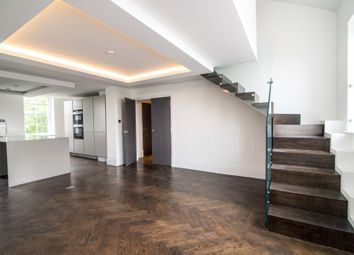 2 bed flat for sale in The Green, Twickenham TW2