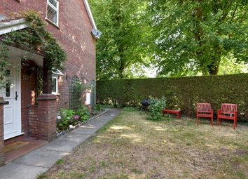 Thumbnail 2 bed maisonette to rent in Meadowbank Road, Lightwater