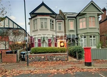 3 bed flat for sale in Melrose Avenue, London NW2