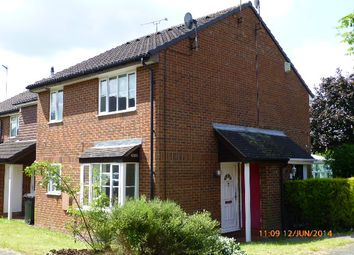Thumbnail 1 bed terraced house to rent in Farrow Close, Luton