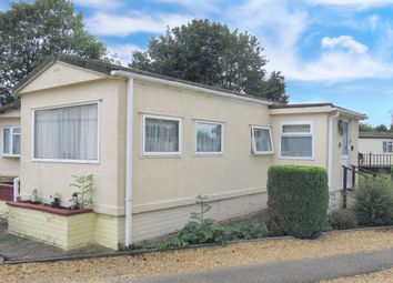 Thumbnail 1 bedroom mobile/park home for sale in Ramsey Road, Warboys, Huntingdon
