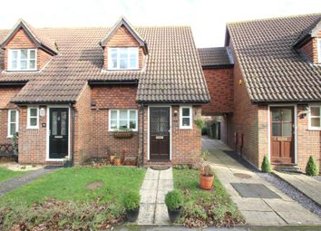 Thumbnail 3 bed property to rent in Willow Bank, Woking