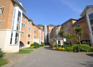 Thumbnail 2 bed flat to rent in Reading, Berkshire