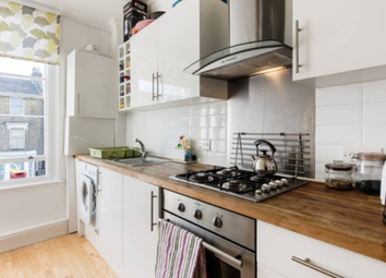 Thumbnail 2 bed flat to rent in Endwell Road, Brockley