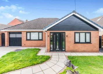 Thumbnail 3 bed bungalow for sale in Farndale, Widnes, Cheshire