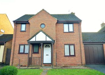 Thumbnail 3 bed detached house to rent in Smallfield, Surrey