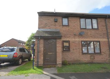 Thumbnail 1 bed flat to rent in Ryves Avenue, Yateley