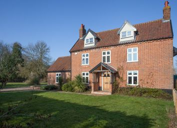 6 bed detached house for sale in Wattlefield, Wymondham, Norwich NR18
