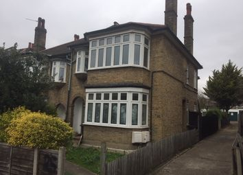 2 bed maisonette to rent in Upper Walthamstow Road, London E17