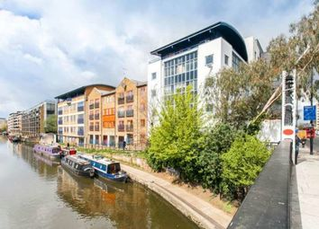 Thumbnail 1 bed flat to rent in Baltic Place, Hackney