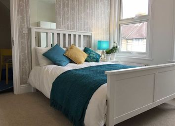 Thumbnail 1 bed property to rent in Sussex Avenue, Ashford, Kent