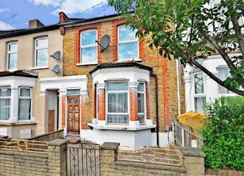 Thumbnail 1 bedroom flat for sale in Claude Road, London