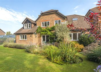 Oak Hill, Alresford, Hampshire SO24. 4 bed detached house