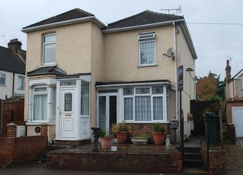 Thumbnail 2 bed property to rent in Stanhope Road, Swanscombe, Kent
