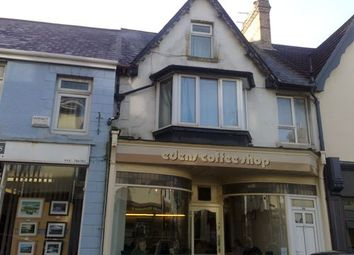 Thumbnail 2 bed flat to rent in Well Street, Porthcawl, Mid Glamorgan