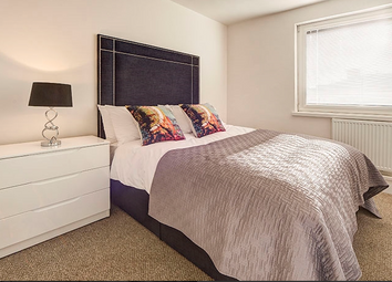 Thumbnail 1 bed flat to rent in Luke House, Westminster