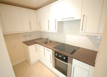 Thumbnail 3 bed flat to rent in Clapham Road, Stockwell, London