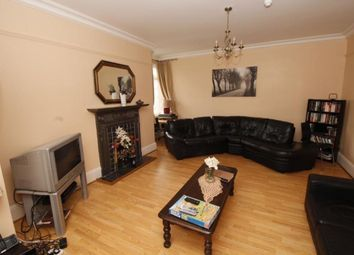 Thumbnail Room to rent in Barnet Road, London Colney, St. Albans