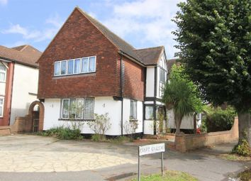 South Drive, Ruislip HA4. 5 bed detached house