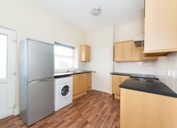 Thumbnail 2 bed flat to rent in Saltwell Road, Gateshead