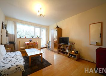 Thumbnail 2 bed flat to rent in Park Gate, East Finchley, London