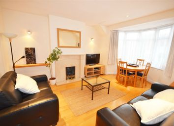 Thumbnail 2 bed flat to rent in Goodwyn Avenue, London
