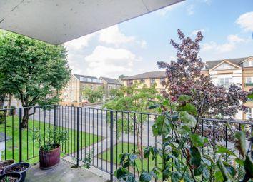 Worple Road, Wimbledon, London SW19. 2 bed flat for sale