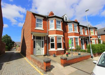 Thumbnail 5 bed town house for sale in Langholm Crescent, Darlington