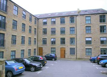 Thumbnail 2 bed flat to rent in Hyde Bank Road, New Mills, High Peak