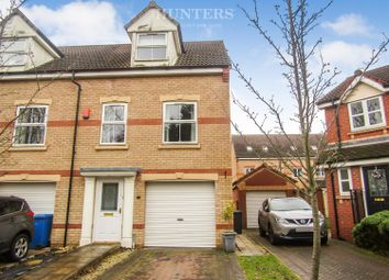 3 bed town house for sale in Ling Drive, Gainsborough DN21